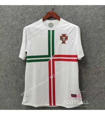 Футболка сборной Португалии гостевая ретро 2012